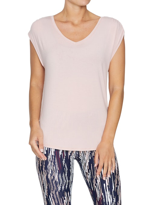Lipstick Extended Shoulder Casual Tee