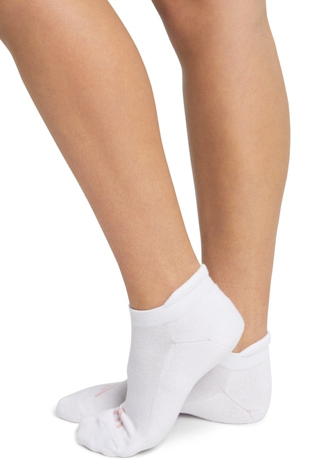 White No Show Ankle Cut Socks