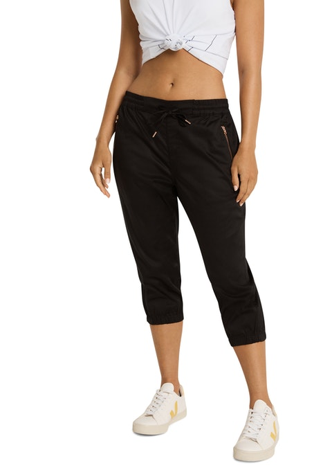 Black 3/4 Woven Drawstring Casual Pant